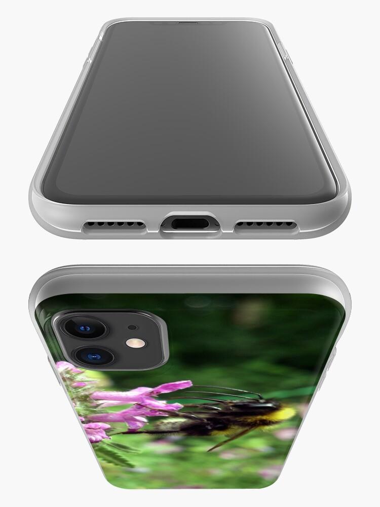 Alternative Ansicht von Blüte mit Biene iPhone-Hülle & Cover