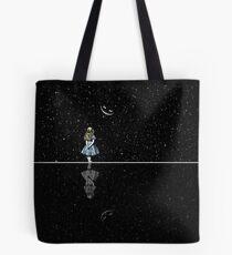 Alice im Wunderland Sternennacht Tote Bag