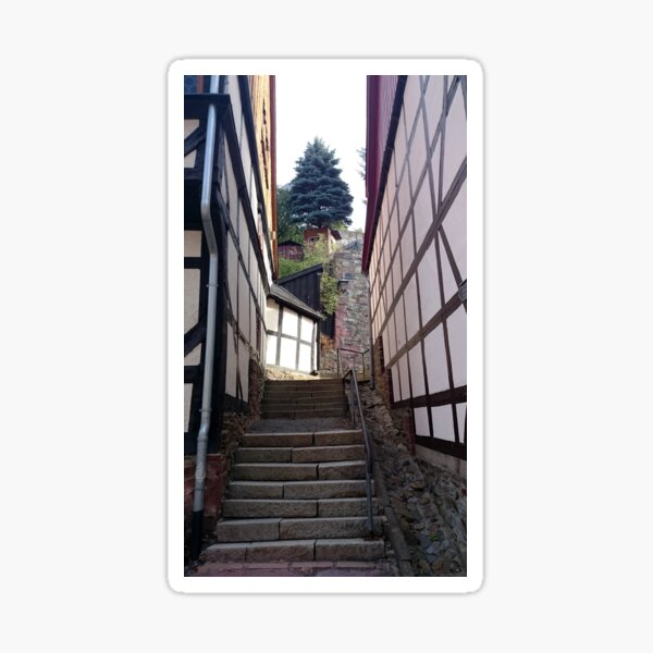 Steile Gasse in Stolberg / Harz Sticker