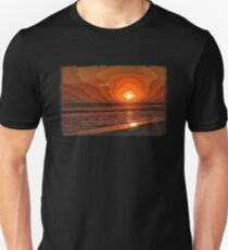 PIXEL SUNSET by the sea Unisex T-Shirt