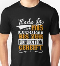 BIRTHDAY - AUGUST - 1985 - BORN - YEAR OF BIRTH - YELLOW Unisex T-Shirt