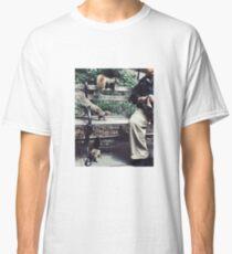 SQUIRRELS + MAN IN WASHINGTON SQUARE PARK, NYC, 2018 Classic T-Shirt