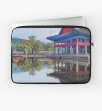 thee reflection of the Gyeongbokgung Palace in Seoul, South Korea Laptop Sleeve