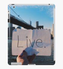 Live. iPad Case/Skin