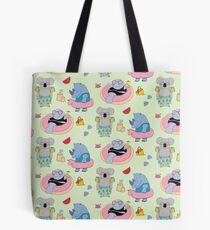 Beach animals - green Tote Bag