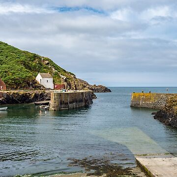 Porthgain Harbour by mlphoto