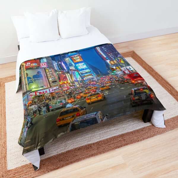 Times Square (Broadway) Comforter