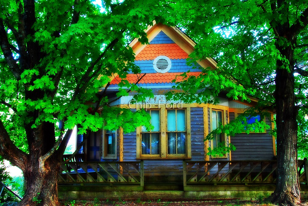 Victorian Summer Home by Chip  Ford