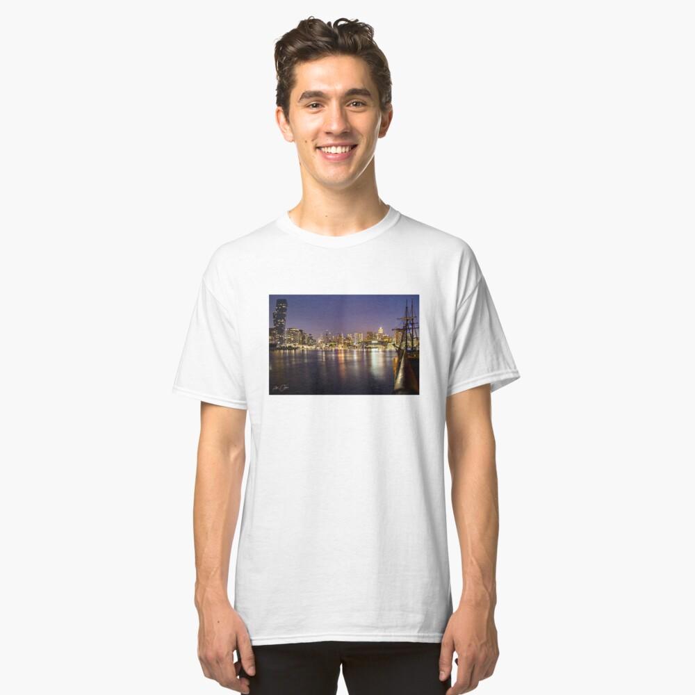 Docklands night Classic T-Shirt