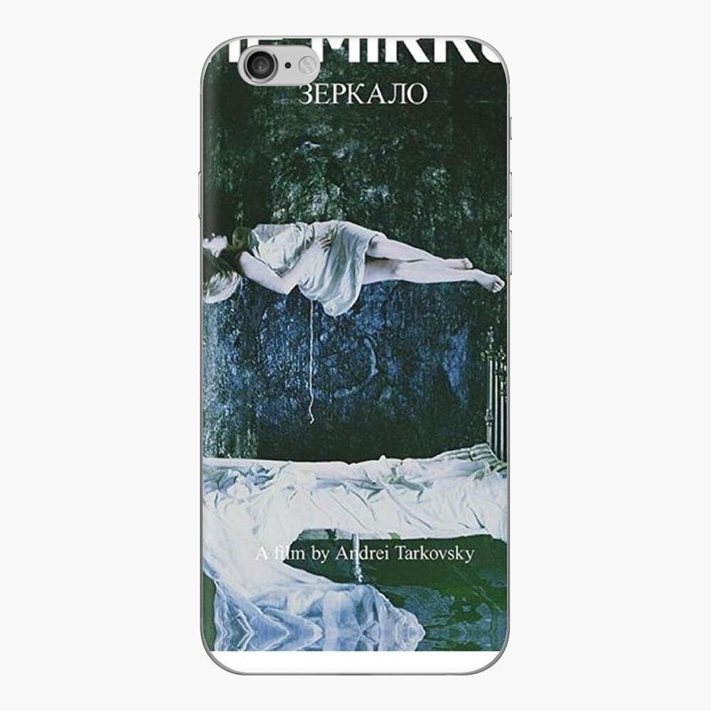 Der Spiegel von Andrei Tarkovsky Poster iPhone Klebefolie