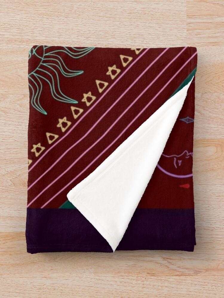 Alternate view of pyramid Throw Blanket