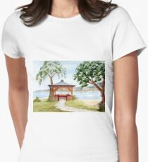 The Spirit of Inverewe Women's Fitted T-Shirt