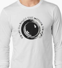 Photography Lens Vintage Illustration Cool Quote Gifts For Photographer Long Sleeve T-Shirt