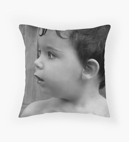Look of surprise!   Throw Pillow
