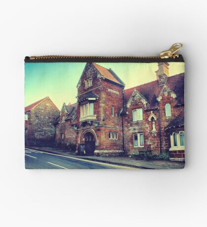 Oldest Pub in England Zipper Pouch