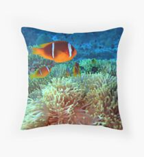 Anemone fish Throw Pillow