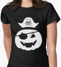 pumkin pirate with pirate skelette head  Tailliertes T-Shirt für Frauen