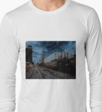 the train Long Sleeve T-Shirt