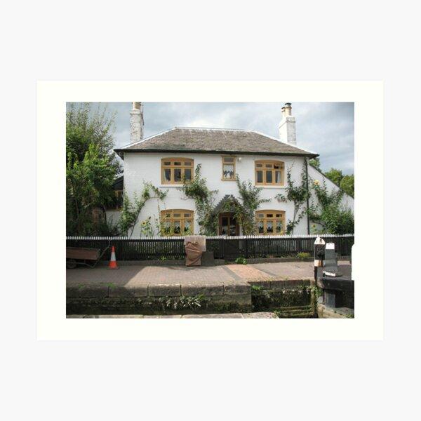 Foxton Locks, Leicestershire.  Lock-Keepers Cottage (5147) Art Print