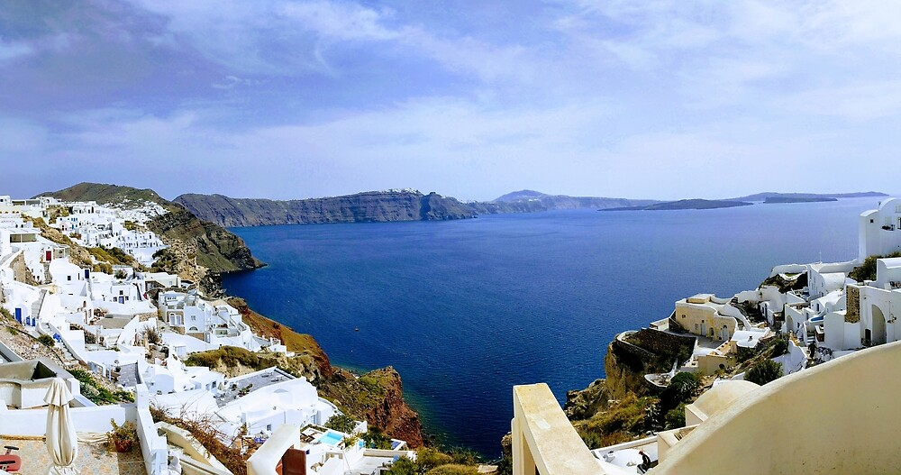 Beautiful Santorini Coast by TheZzi