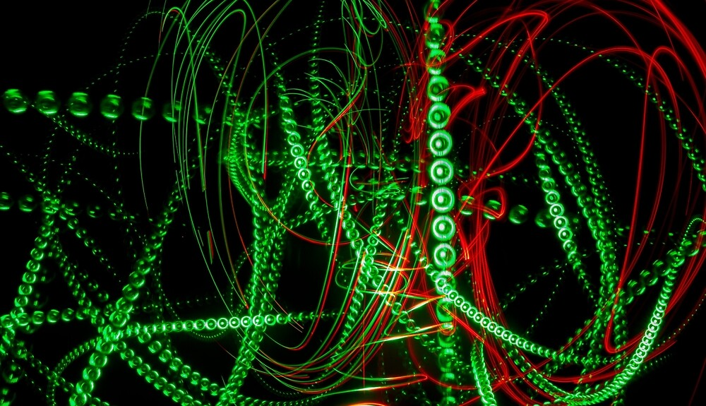 Abstract green and red light effect by Astronomiseme24