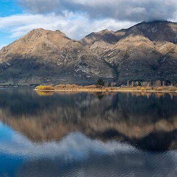 Glendhu Bay 1 by charlesk