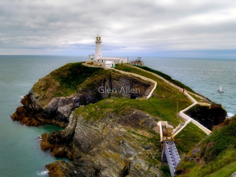 South Stack Lighthouse - Holyhead, Anglesey,  Wales. by Glen Allen