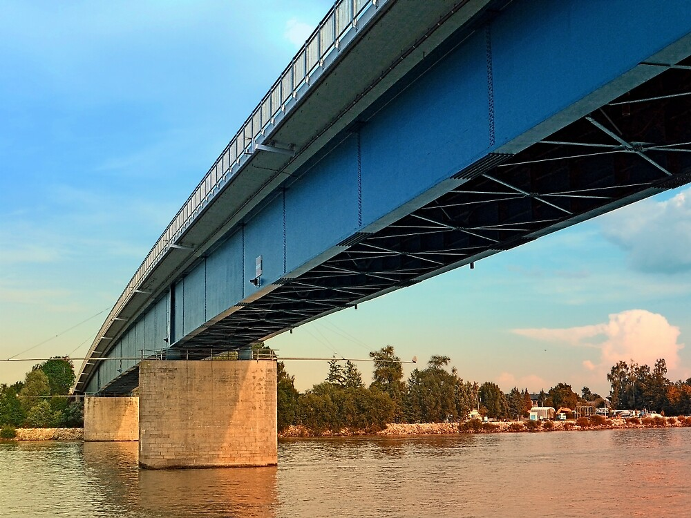Bridge across the river Danube | architectural photography by Patrick Jobst