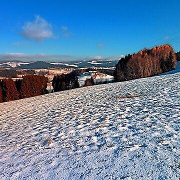 Hiking through winter wonderland II | landscape photography by patrickjobst