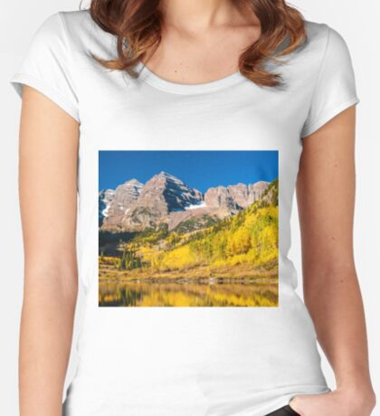 Maroon Bells Fisherman Women's Fitted Scoop T-Shirt