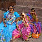 Ladies in Waiting by pennyswork