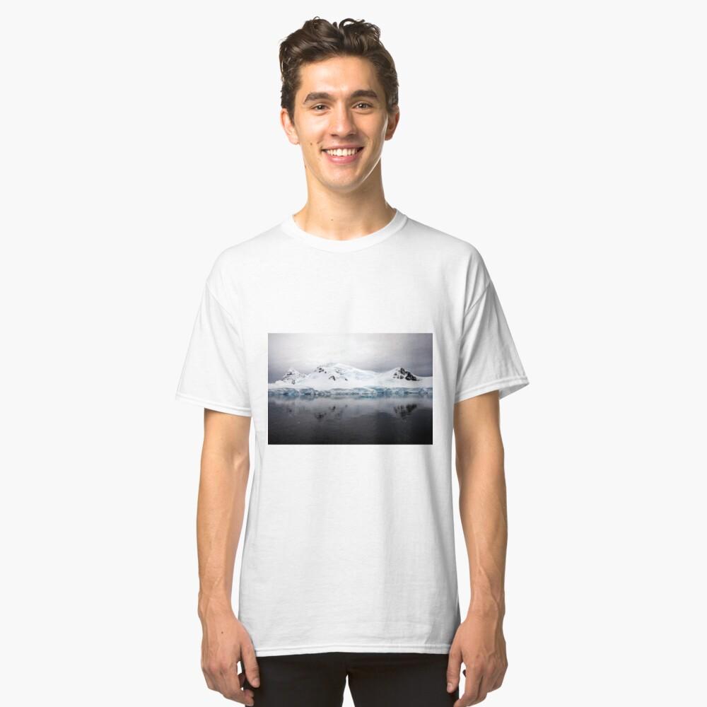 Antarctic Landscape - Paradise Bay Classic T-Shirt Front