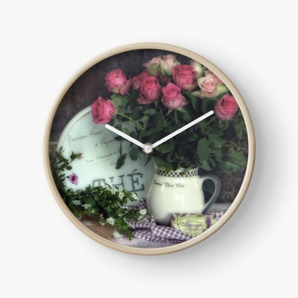 Old roses Clock
