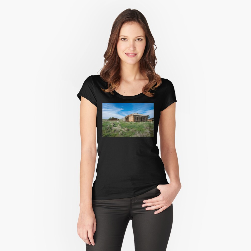 Abandoned Stone Cottage Fitted Scoop T-Shirt