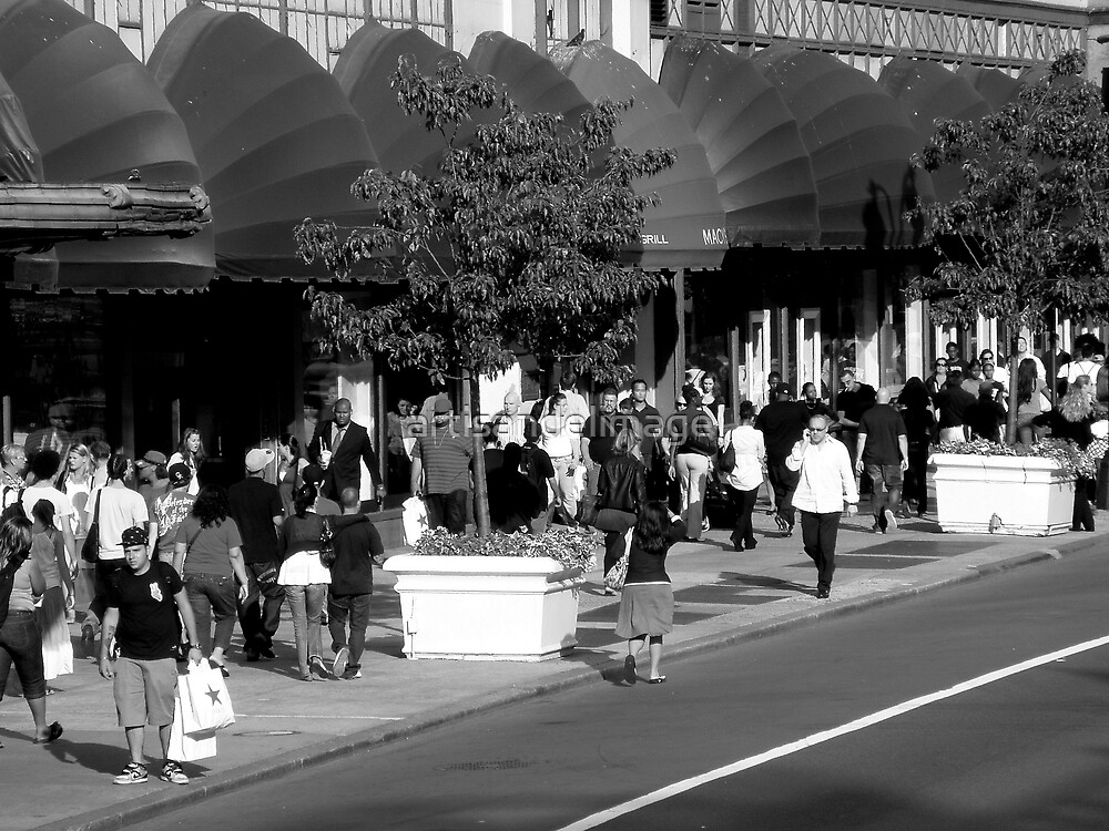 The Crowd : Let's Go Shopping by artisandelimage