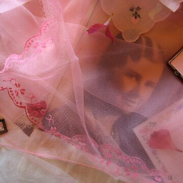 Pretty in Pink by Lynnsong