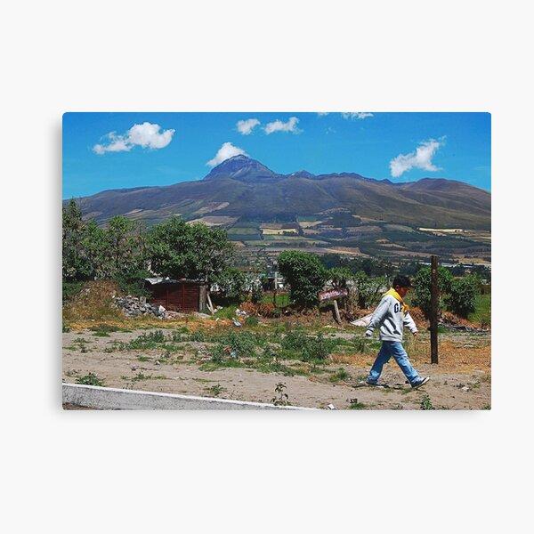 Frente al Corazon Canvas Print