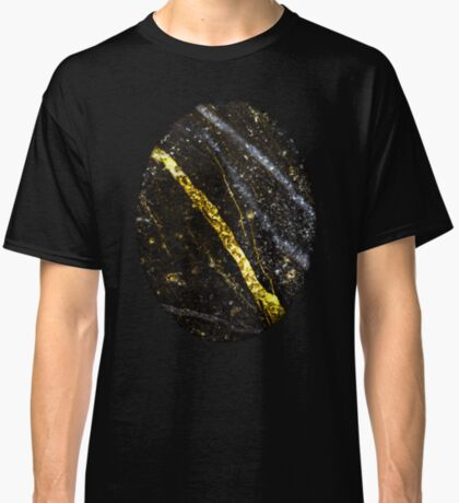 Gold sparkly line on black rock Classic T-Shirt