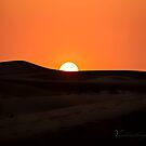 Sunset over the Dunes - Dubai by Yannik Hay