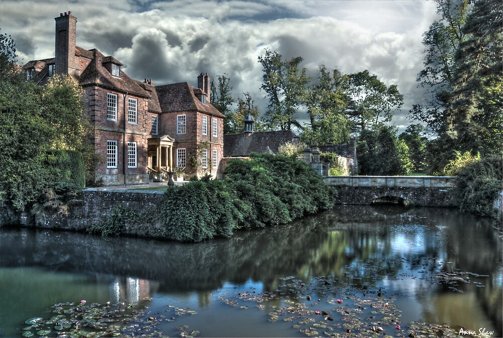 Groomsbridge Place,Kent by Anna Shaw