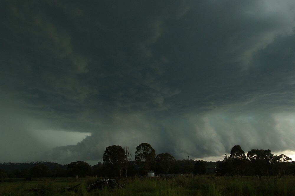 Destructive Hailstorm approaches Kyogle by Michael Bath