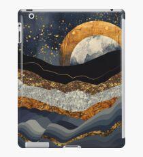 Metallische Berge iPad-Hülle & Klebefolie