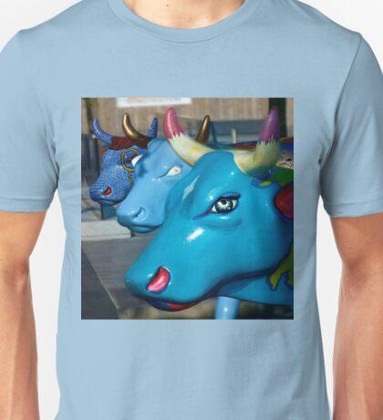Three Cows on Parade, Ebrington Sq, Derry T-Shirt