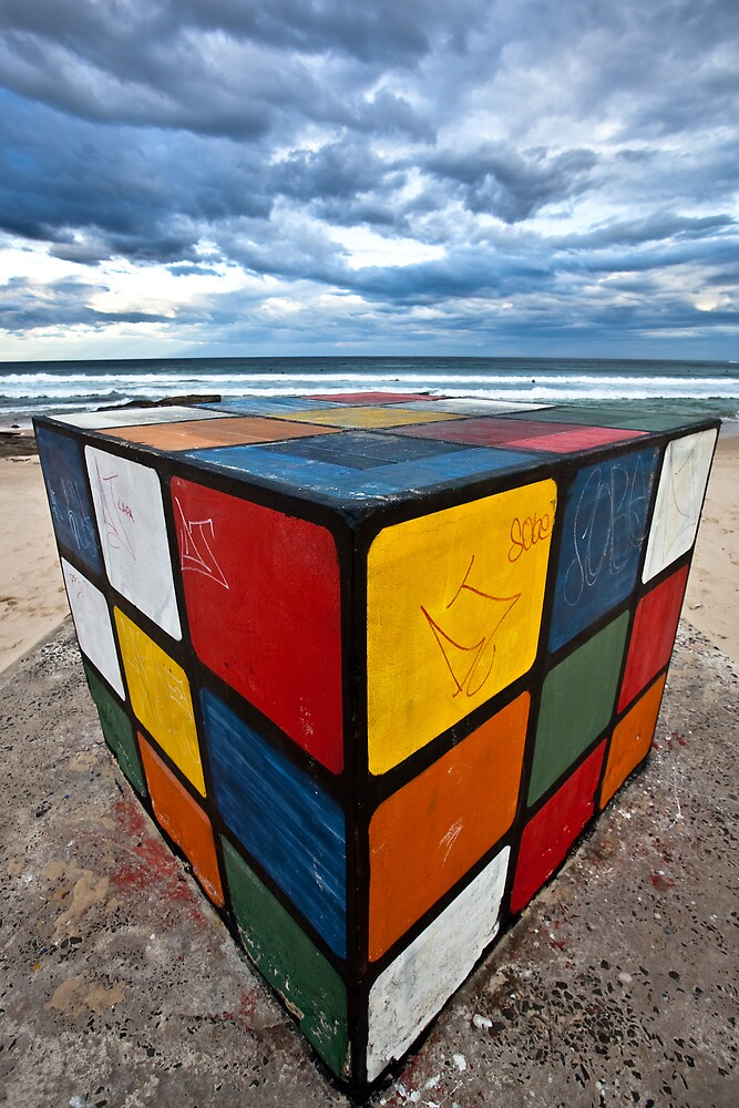 Maroubiks Cube by fontograph