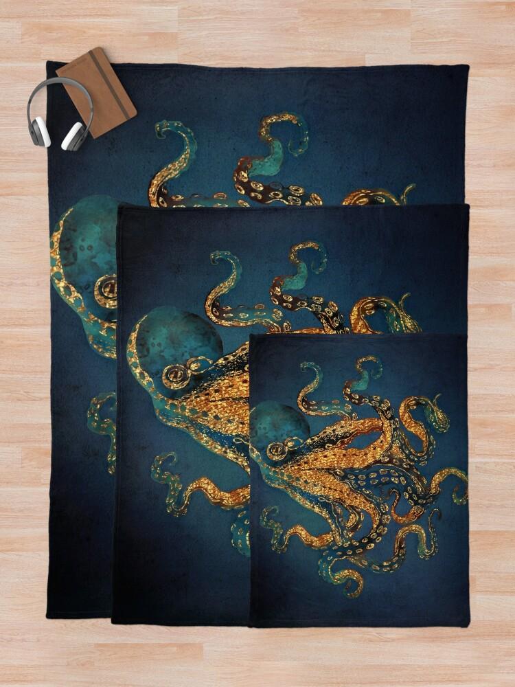 Alternate view of Underwater Dream IV Throw Blanket