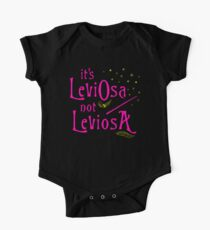 It's LeviOsa not LeviosA One Piece - Short Sleeve