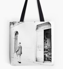 Vulture: old shoemaker Tote Bag