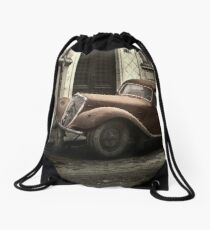 Car: A Portrait Drawstring Bag