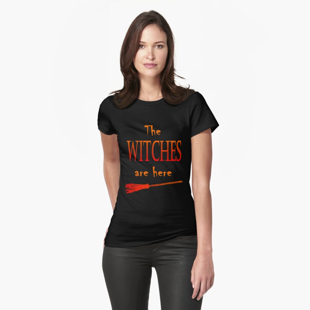 Die Hexen sind da Tailliertes T-Shirt