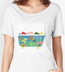 Reading Nook Bathtub Women's Relaxed Fit T-Shirt